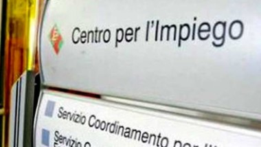 """REDDITO DI CITTADINANZA, FREDIANI, SACCO, COSTANZO (M5S): """"CHIORINO OFFENDE CHI PERCEPISCE IL REDDITO DI CITTADINANZA. AL POSTO DI FARE POLEMICHE PENSI A MIGLIORARE I CENTRI PER L'IMPIEGO"""""""