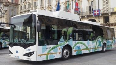 """Frediani (M5S): """"Dal governo 30 milioni per il trasporto pubblico di Torino. Bene il rilancio per l'acquisto di 100 bus elettrici""""."""
