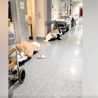 Frediani (M5S): Il Piemonte zona rossa si rispecchia nelle file di Barelle a terra all'ospedale di Rivoli. Servono subito nuove assunzioni